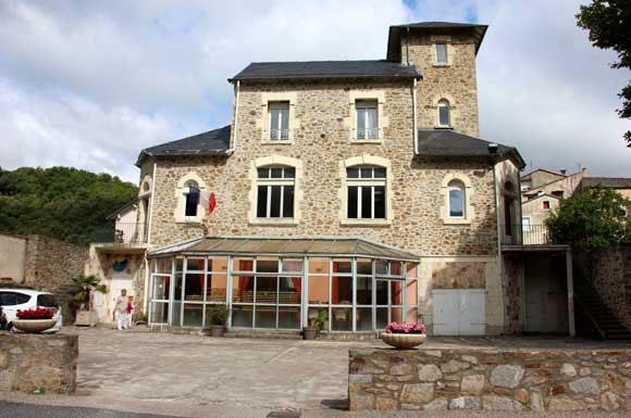 Mairie de Rosis. Façade